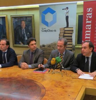 """Rueda de Prensa en la Cámara de Comercio de Oviedo para presentar el premio """"Evolución"""""""